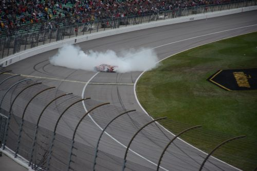 Harvick wins at Kansas - October 6, 2013